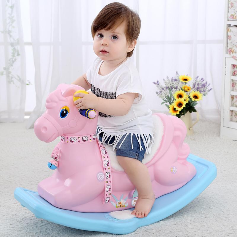Ребенок кресло-качалка лошадь пластик музыка озноб марта утолщённый ребенок игрушка 1-2 полный год подарок маленький деревянный конь автомобиль