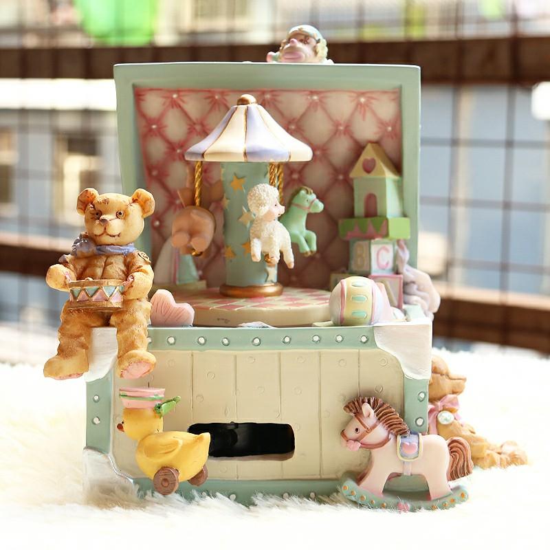 音乐盒送女友圣诞儿童女孩宝箱盒