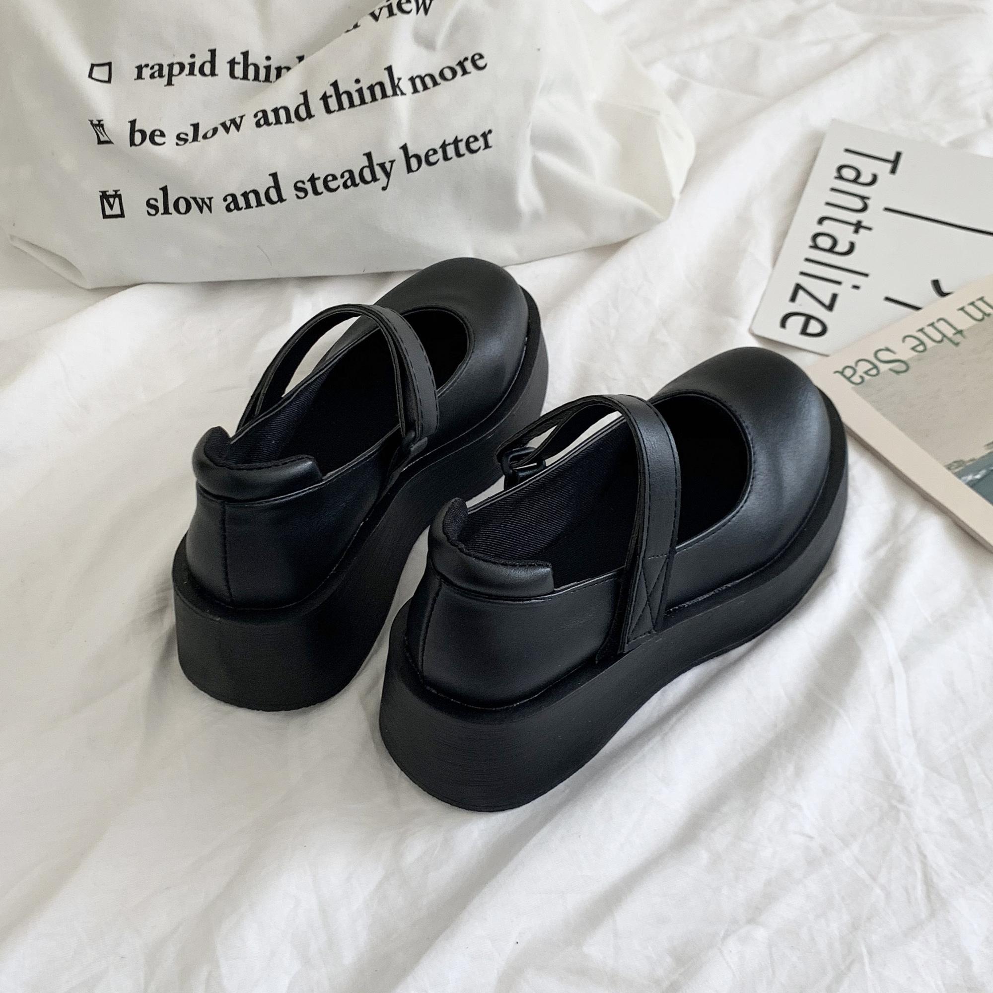 2020春季新款英伦学院风百搭洛丽塔复古玛丽珍鞋厚底漆皮小皮鞋女