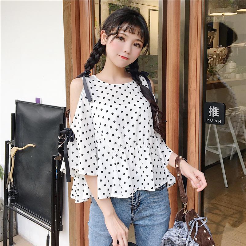 蘑菇街潮2018夏装新款女装少女日系宽松露肩波点雪纺衫清新小衫女
