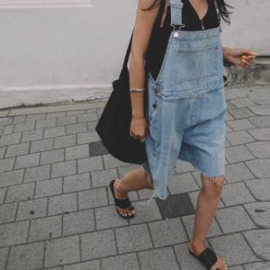 韩国chic风复古时髦洋气宽松大码显瘦减龄背带牛仔裤连体裤短裤夏