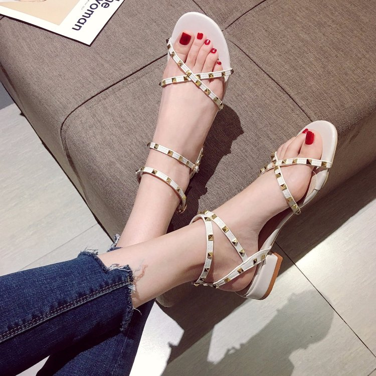 2020 new summer fashion womens shoes rivet sandals womens summer fairy wind thick heel one word buckle fashion