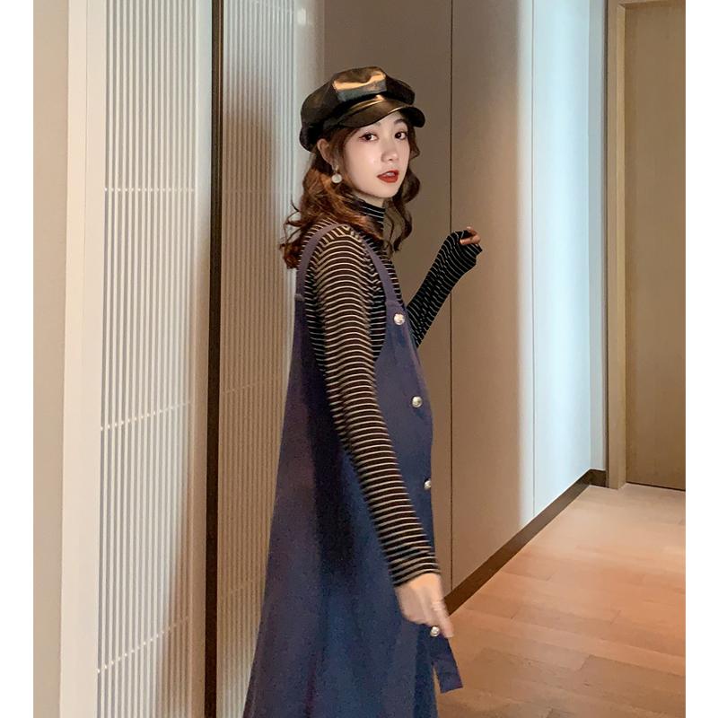 2019秋装新款孕妇装条纹长袖背带裙(非品牌)