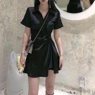 黑色连衣裙女2020夏季 褶皱收腰显瘦气质厌世风小黑裙小个子裙子