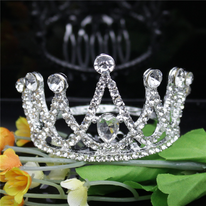 Sweet and lovely childrens diamond three dimensional round comb small crown Cute Princess performing crown hair accessories