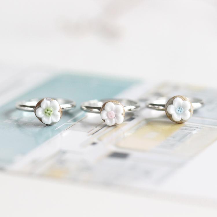 【玲珑花指】清新小巧手工捏制陶瓷花戒指时尚流行首饰392