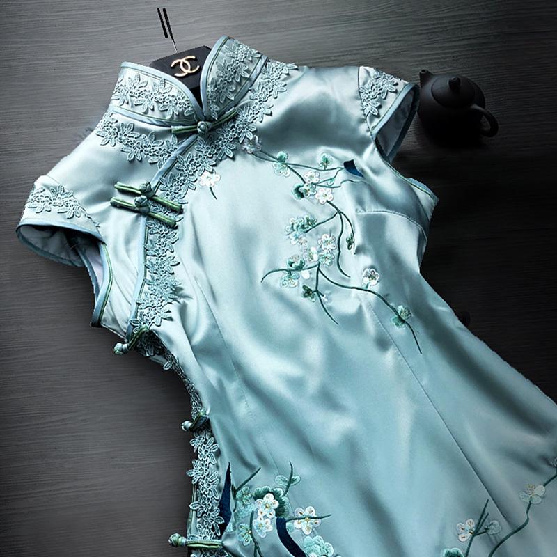 老上海旗袍秋季2018新款刺绣改良旗袍连衣裙端庄大气少女时尚性感