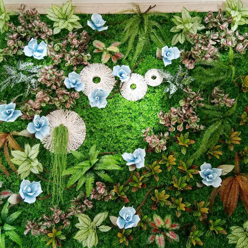 人工草の皮人工幼稚園の屋外室内に造花假草グリーン壁を飾る
