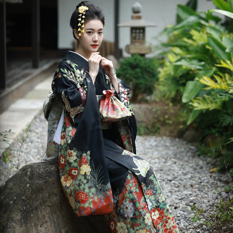 限时赏味神明少女日本和服清新摄影复古小振袖暗黑长裙