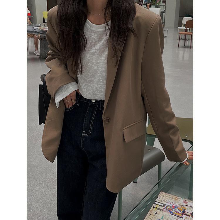 初秋2021新款垫肩西装外套女韩版宽松休闲纯色通勤长袖西服