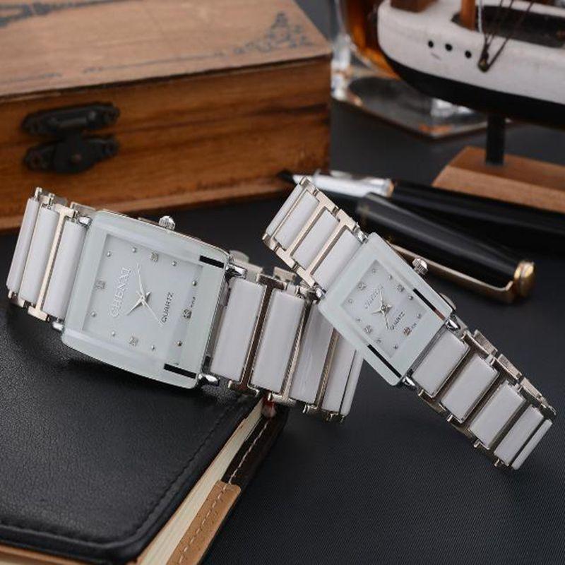 2019新型カップルウォッチ白い女性ファッションの長方形セラミックバンドクオーツ腕時計