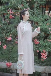 南风谷《蝶恋花》麂皮印花年轻款中国风秋冬加绒旗袍改良版连衣裙