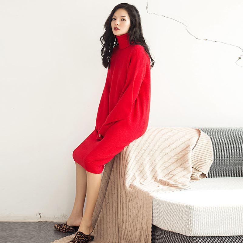 中国红色针织裙18冬原创设计欧美高领大喇叭袖走秀款连衣裙御姐范