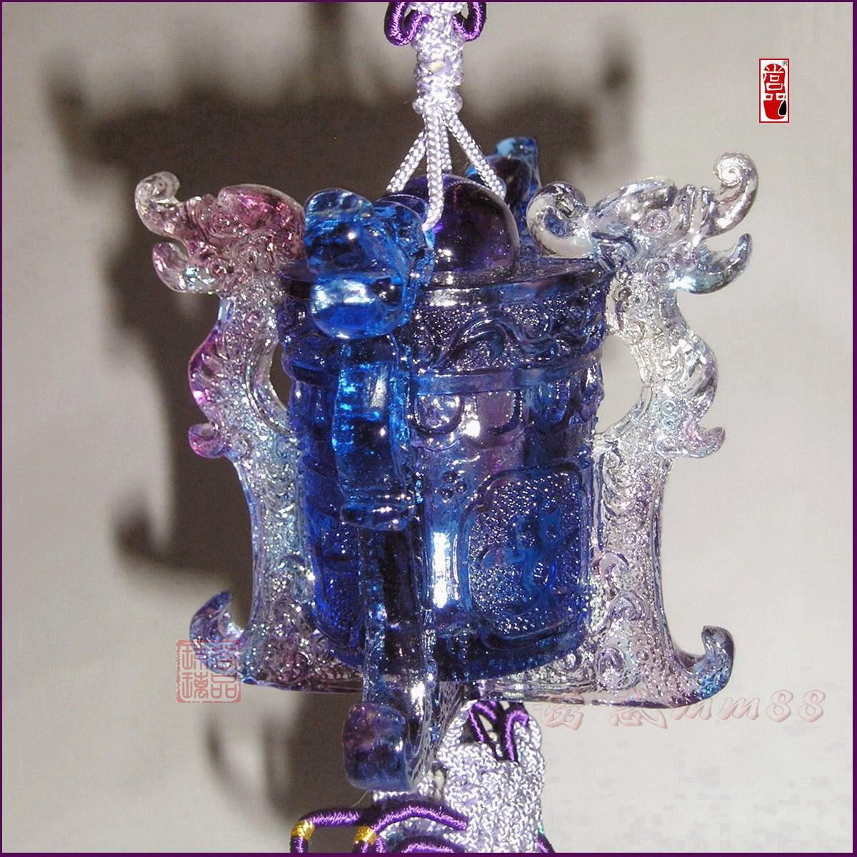 正品直销古法琉璃香水瓶汽车挂饰【纵横四海】蓝紫.汽车装饰挂件