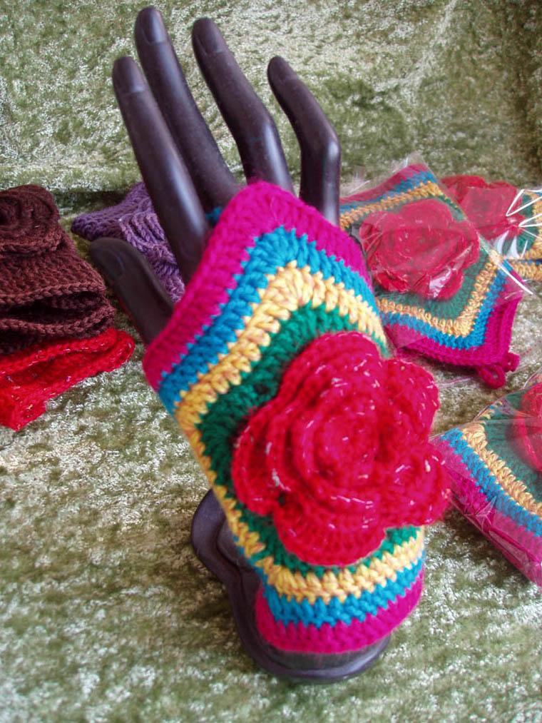 原创民族风彩色毛线编织饰品手链手镯护手腕手套有多色可选一对价