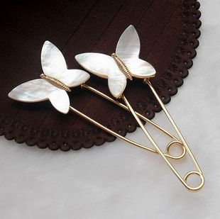 European and American popular white mother of pearl butterfly brooch pin female fresh shellfish scarf buckle corsage elegant jewelry