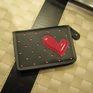 Exclusive new Miss Han Ban leather zipper hollow hearts multi card bit cute cow Pi Kaka sets