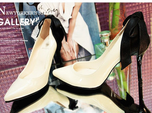 Autumn new Korean version of the influx of white pointed shoes black high heels in Europe and America spell color OL33 41 shoes 09763