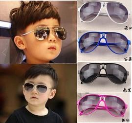 儿童太阳眼镜时尚蛤蟆镜男女童创意拍照摄影服装道具新款小孩墨镜图片