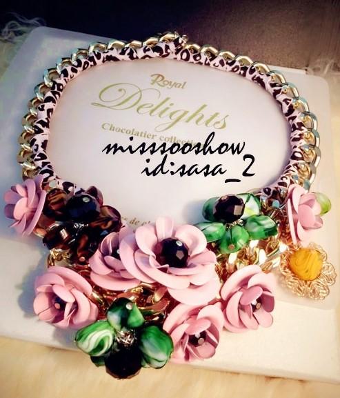 Корея воздуха личности и ретро Девушка ветер розы сладкий плетеные ожерелье моды женщина