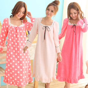 Autumn and winter coral velvet pajamas nightgown tracksuit sexy lace cute princess in long sleeves and long sections female Lingerie