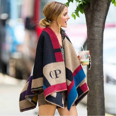 Socialite OP Europe and the United States shows autumn winter warm shawl female type printing blanket cloak cloak wool high-end scarf