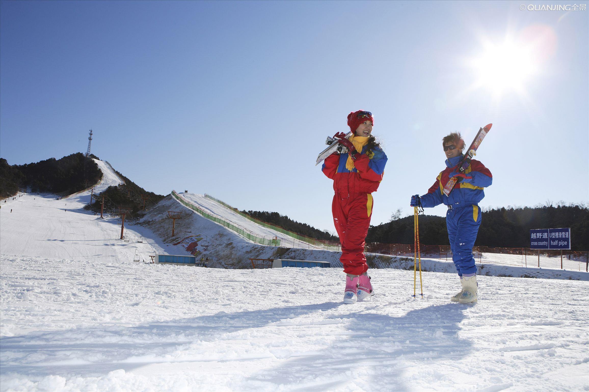 吉林雾凇岛万达激情滑雪长白山中国雪乡亚布力哈尔滨7天6晚跟团游