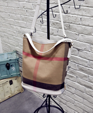 Mail British plaid canvas with leather bucket bag Hand the bill of lading shoulder worn handbag with you from the stars