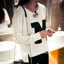 Fall 2015 ladies blouse students Han Fan poised under irregular fork printed letters long sleeve T-shirt girl