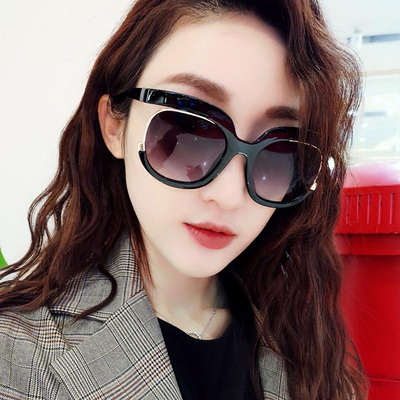 2018新款韩版个性太阳镜女士黑色潮人墨镜女圆脸网红显瘦沙滩眼镜满88.00元可用50元优惠券
