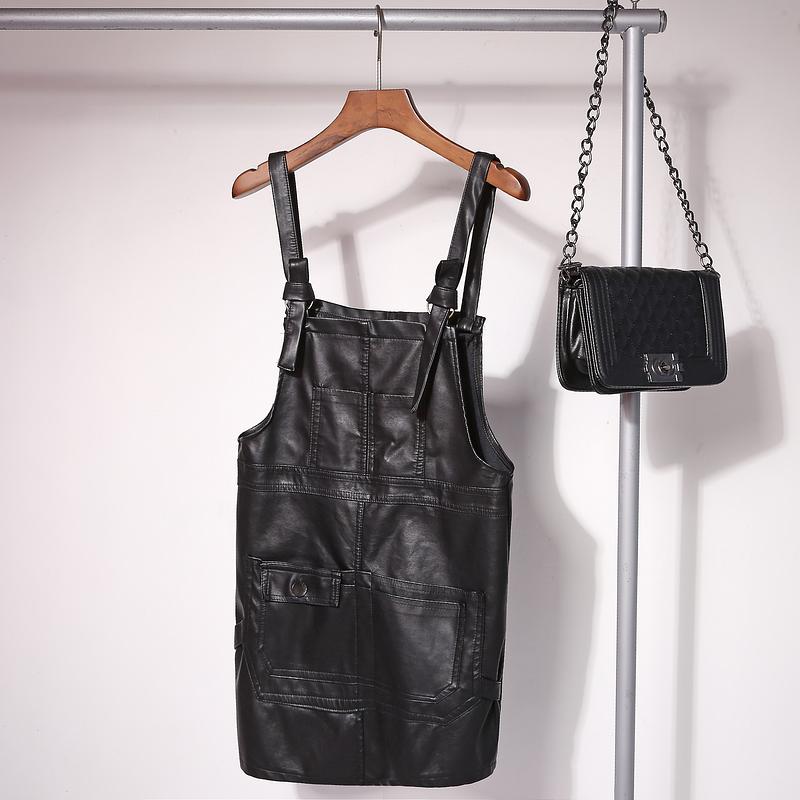 2018 new denim suspender skirt womens leather short skirt slim black suspender leather skirt half skirt autumn and winter Korean version