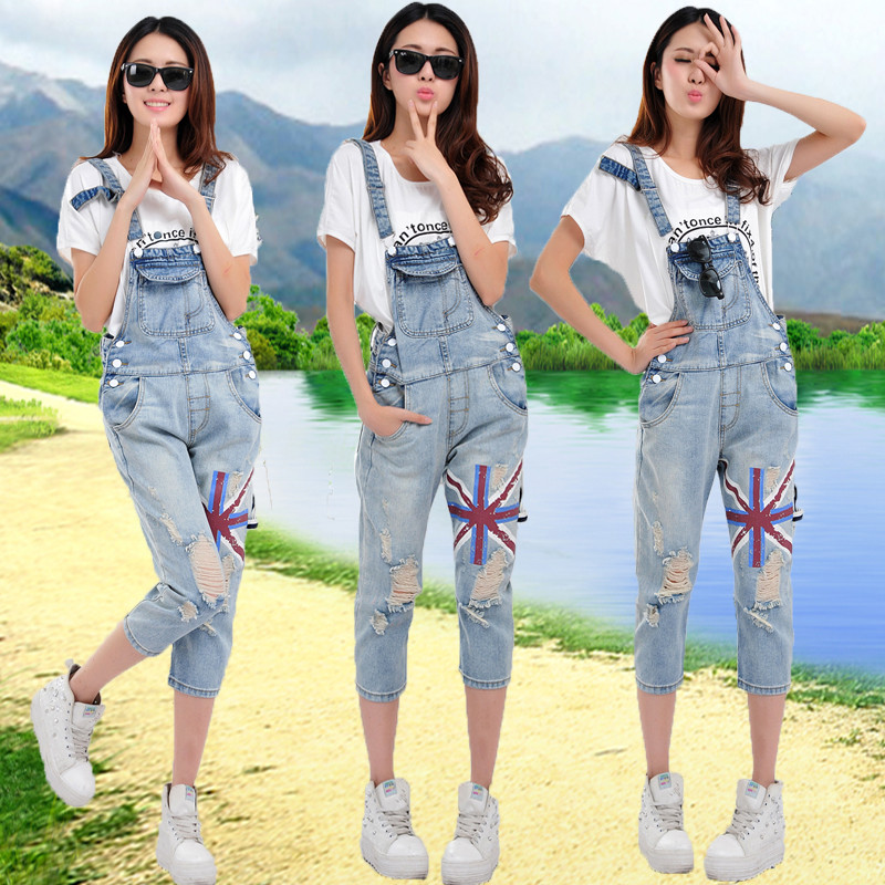 2017 summer new Capri denim suspenders womens Korean fashion loose and lovely color printing suspender Jumpsuit looks thin