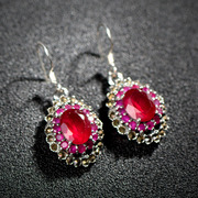 Very small Thai Thai Silver 925 Silver Garnet vintage earrings red synthetic corundum fashion jewelry women
