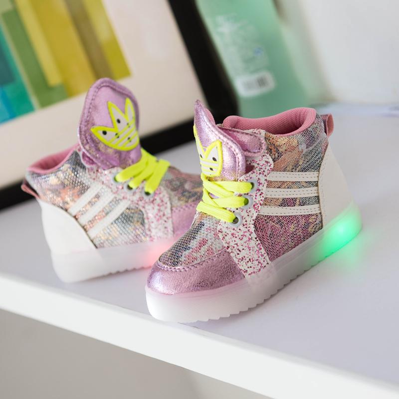 2015 новых свечение с легкой обуви для детей в летние и осенние девушка дети обувь в Хан ЧАО туфли