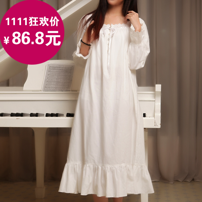 Autumn and winter long-sleeved cotton nightgown princess palace retro long  white nightgown pregnant women in Europe and America large size women s  clothes ... d9fb78070