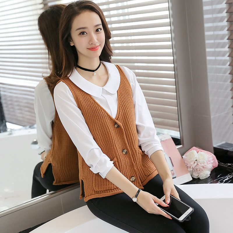 Knitted cardigan vest womens spring and autumn 2018 new Korean loose pocket solid color sweater short top fashion