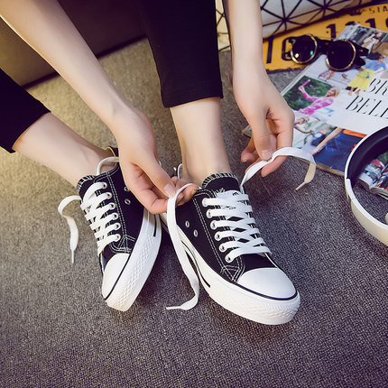 2018春季新款黑色帆布鞋女2019百搭韩版布鞋学生春秋低帮潮鞋板鞋