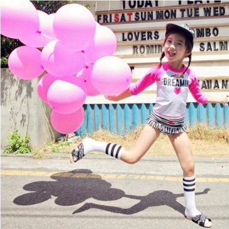 韩国童装女童夏装条纹爱心吊带分体泳衣防晒游泳衣三件套装