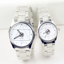 Ms han edition fashion big triangle dial male contracted steel belt couples leisure students quartz watches on the table