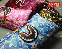迷彩鲨鱼头BAPE猿人潮牌创意个姓居家午睡沙发护腰坐垫枕头长抱枕