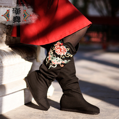 Chinese dance embroidered boots increased cotton folds of long thin women boots Red Chamber series in the autumn jade Butterfly