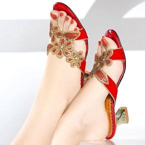 真皮低跟水钻拖鞋女夏欧美时尚外穿红色性感水晶镶钻女士粗跟凉鞋