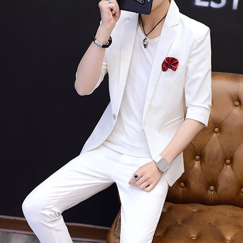Лето мужской тонкая модель полоса рукав небольшой костюм установите облегающий, южнокорейская версия мода семь штук костюм два рукава