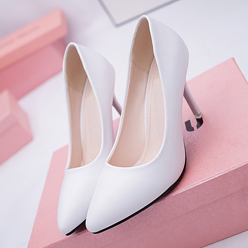 32 33 34 41 spring and autumn high heels pointed shallow big feet patent leather pure white womens shoes middle heel single shoes slim heels