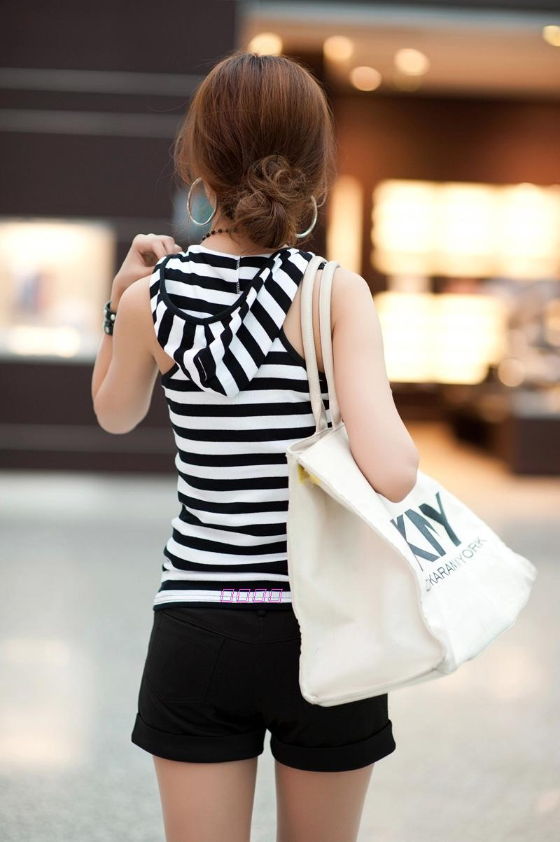New womens cotton customized oversize slim round neck sleeveless Hooded Vest with black and white stripes
