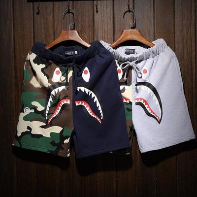 QT2006A_P45_K9104 男士个性大码短裤鲨鱼迷彩拼接沙滩裤加大加肥