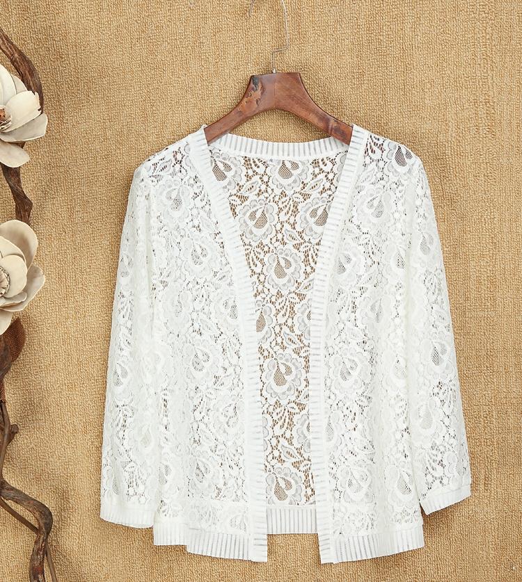 新款中老年女装短款披肩宽松大码镂空坎肩百搭夏季针织外套妈妈装