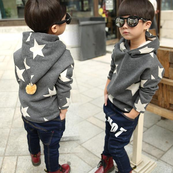 Дети мальчики капюшоном свитер мальчика новые звезды печати пальто в зимних джемпера для детей детская кроватка