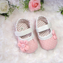 Infants and young children the new 2015 the spring and autumn period and the pink dot flowers baby shoes single toddler shoes baby soft bottom