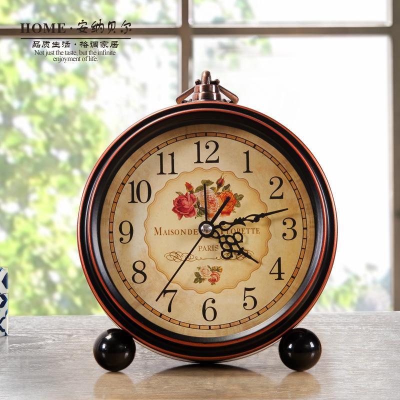 Американский страна ретро воспоминания будильник немой прикроватный спальня часы тревога творческий личность простой металл шумный стол
